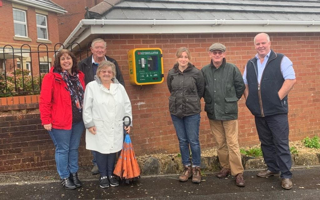 Lifesaving defibrillator installed at Rhoose Point