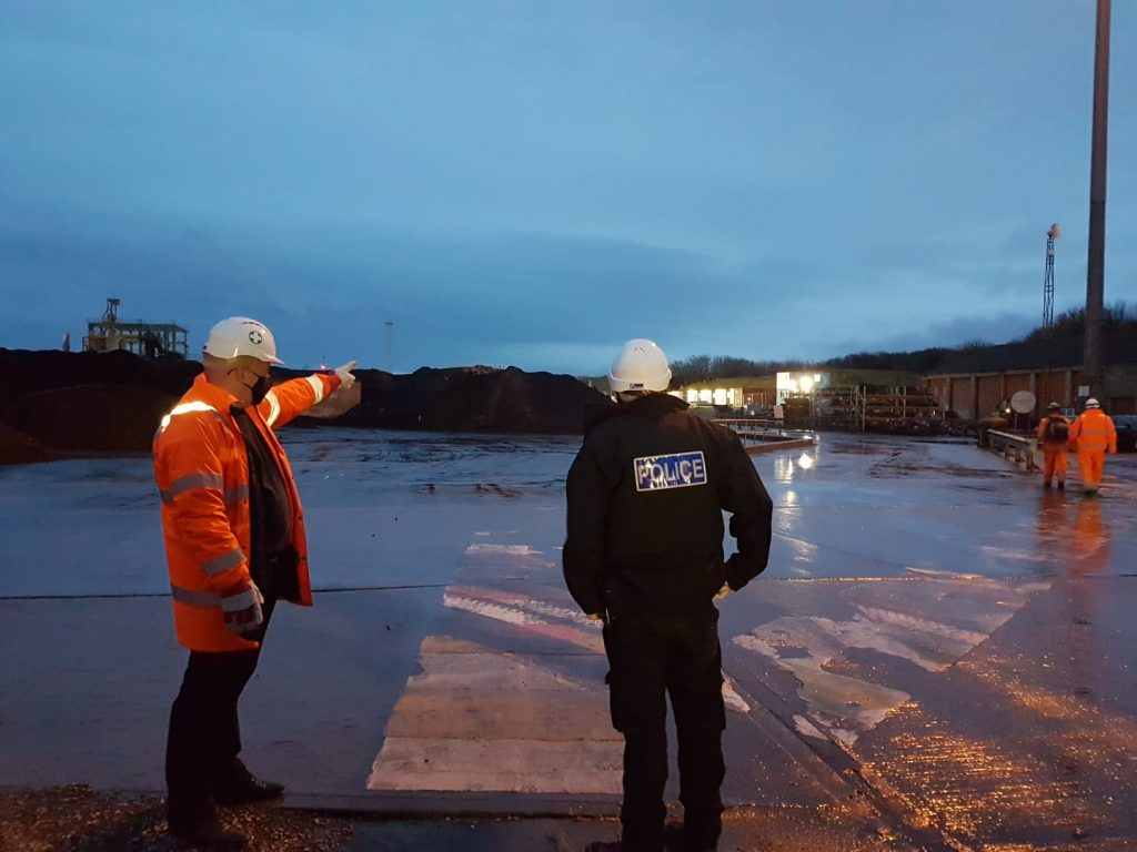 Collaborating with the Police on site security