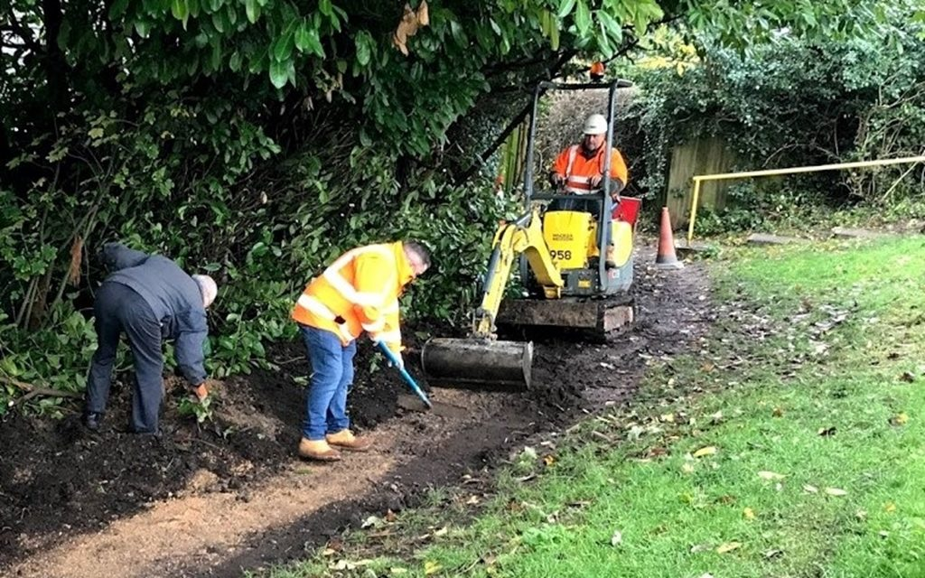 Tarmac join forces with local community to improve local footpath