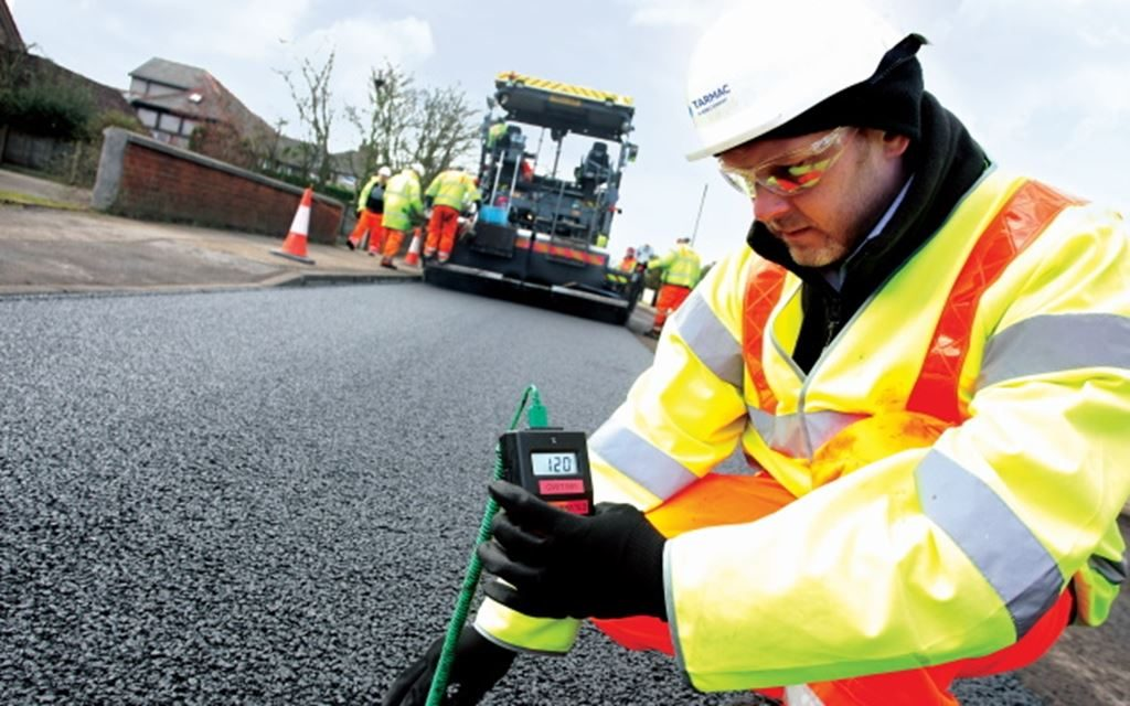 Tarmac calls for new thinking to reduce roadworks disruption as traffic levels rise